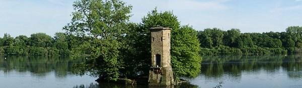 Müseturm - alter Brückenkopf der Villa Funcke